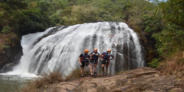 Dalat Canyoning - the adventure game travelers should enjoy in this summer