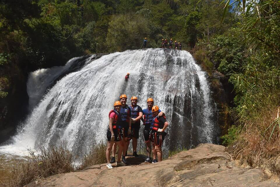 At least 5 peoples group in canyoning tours