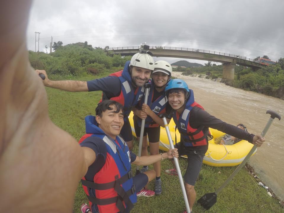 Experiences dalat white water rafting