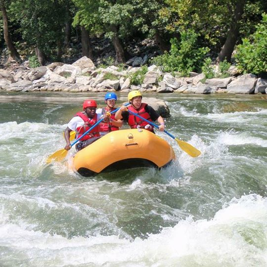Dalat white water rafting adventure game