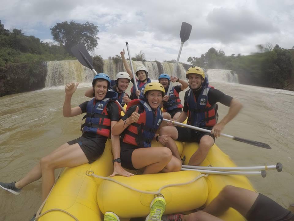 Experiences white water rafting dalat